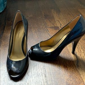 Marc Fisher navy patent leather pump. Size 7.